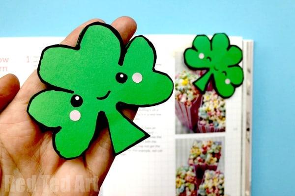 How to make a shamrock bookmark